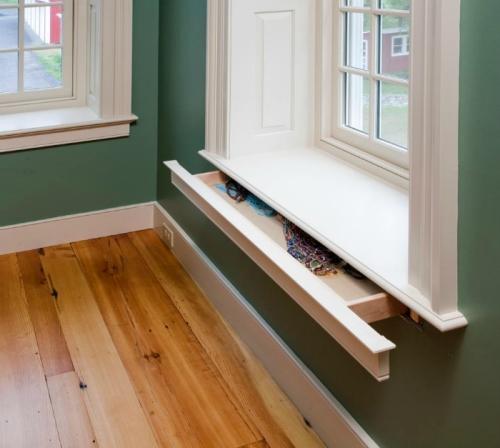 Топ 10 скрытых систем - Выдвижной шкафчик вмонтированный в подоконник